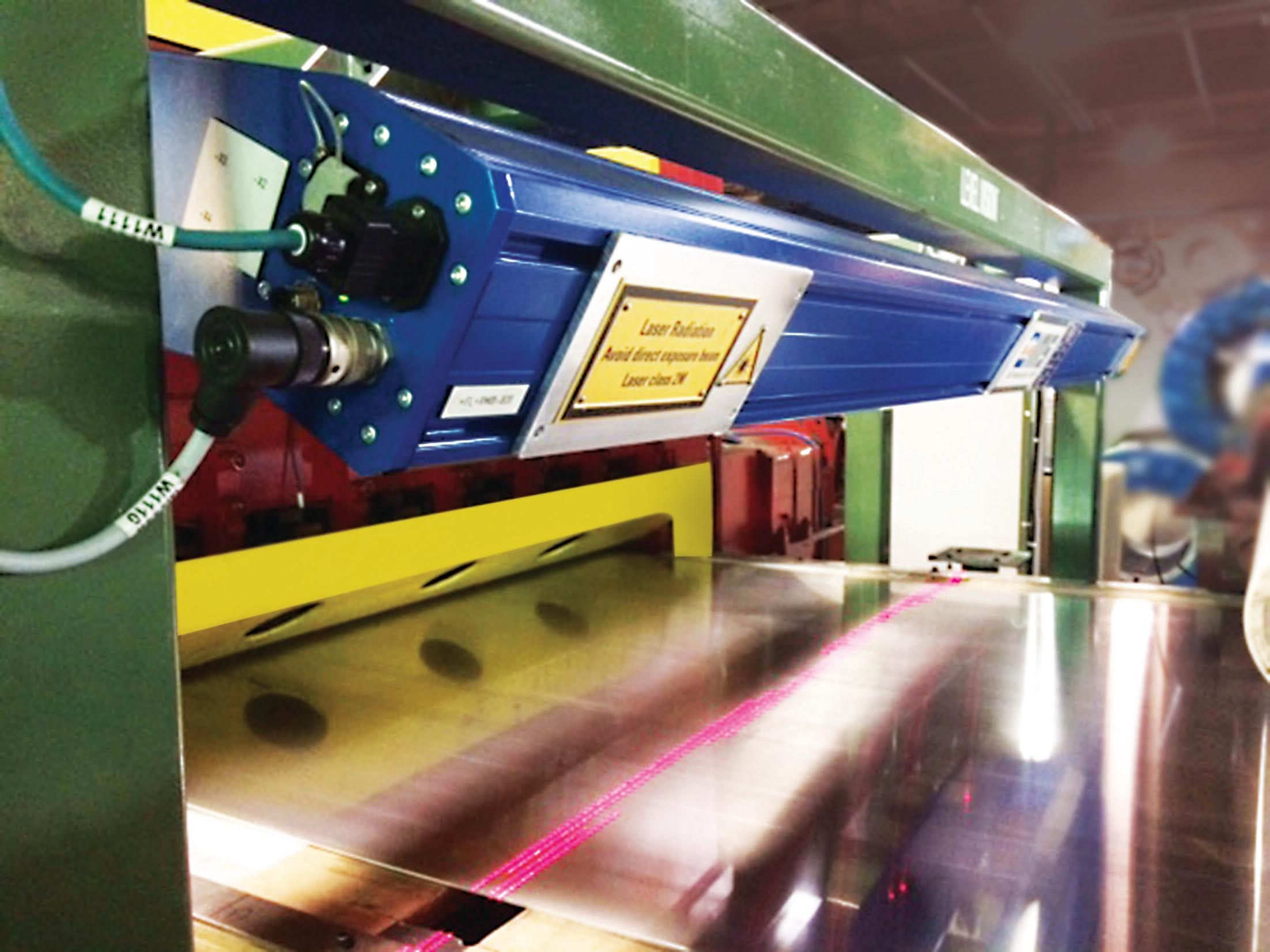 Flatness_Gauge_Photo_for_Modern_Metals_Company_Description.jpg