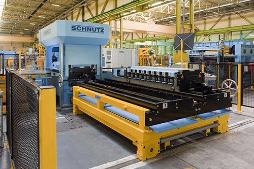 Schnutz_levelers_ModernMetals-500.jpg