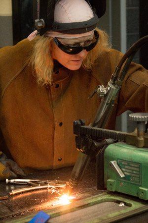 MM-0127-webex-welding-image1