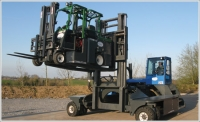 Metals Inc. expands capabilities with Combilift's sideloaders