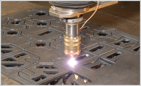 Esab's m3 plasma system's one torch provides standard, precision and thick-plate cutting