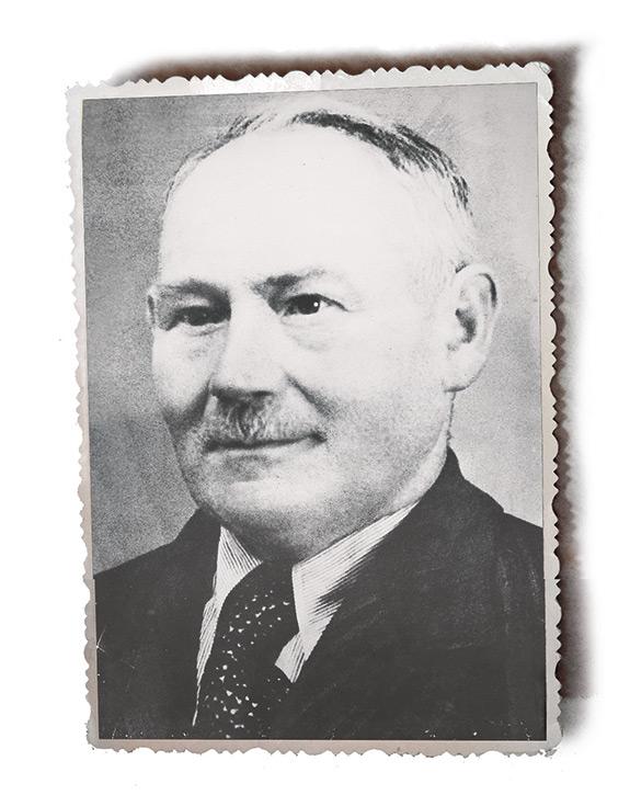 behringer-1892-1963_August_Behringer.jpg